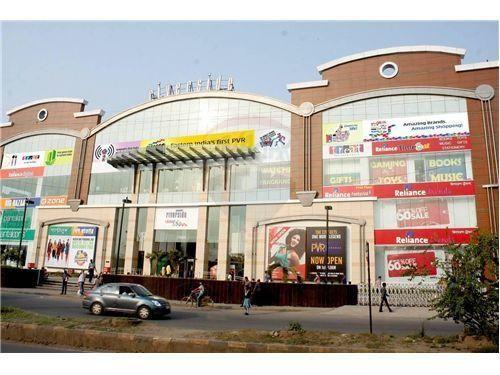 Photo: Jagat Banerjee Ghat Road,Howrah, West Bengal
