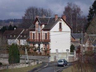Photo: ST YRIEIX LA PERCHE, Limousin